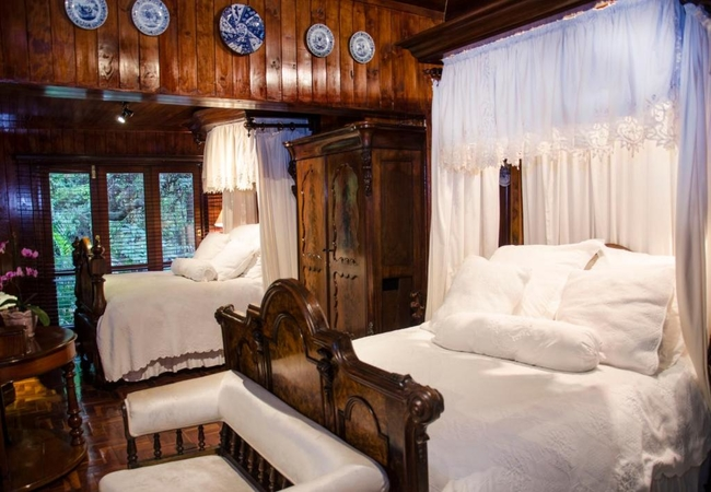 Classic Illyria Hideaway Rooms