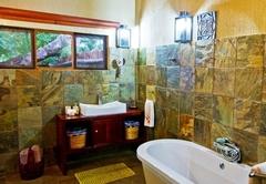 Suite Dzombo (luxury)