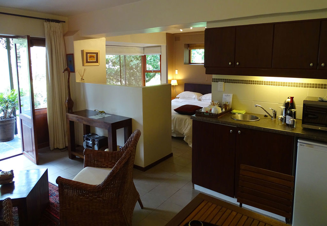 The Green House Suite
