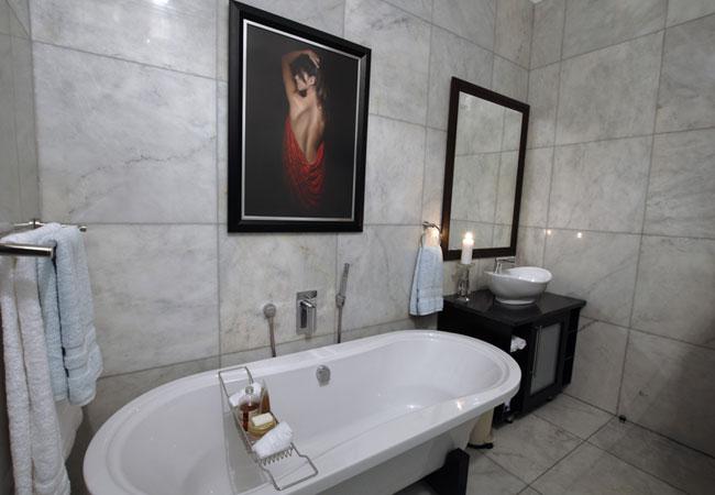 Private Bathroom for Unit 1 & 3