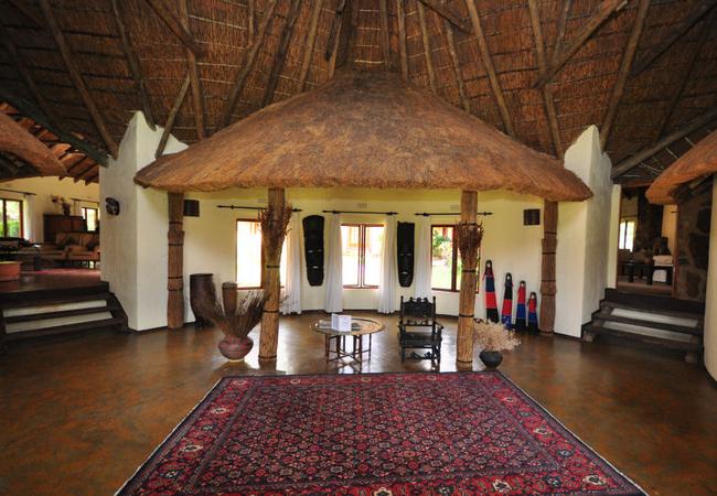 Izintaba Lodge entrance
