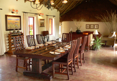 Izintaba Lodge dining
