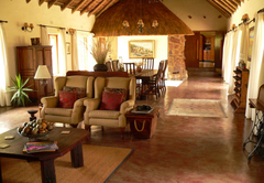 Izintaba Lodge lounge