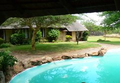 Izintaba Lodge pool