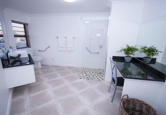 Unit 2 - Bathroom