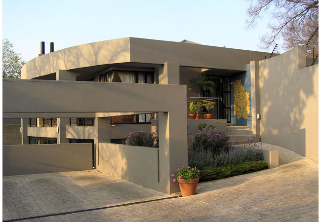 Jeanjean guest house in melville gauteng for Beautiful houses plans in south africa