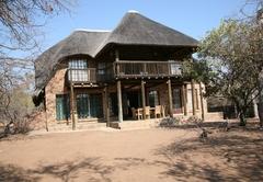 Jobelia Bush Villa