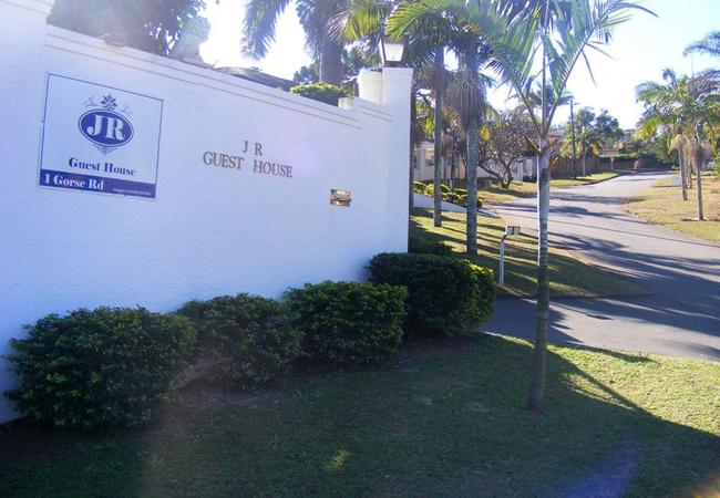 JR Guesthouse