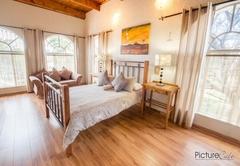 Room LOVE Luxury Room