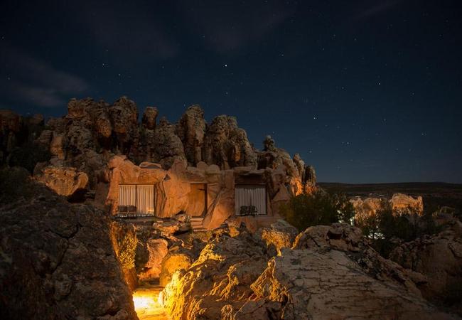 Honeymoon and premium Cave Suite