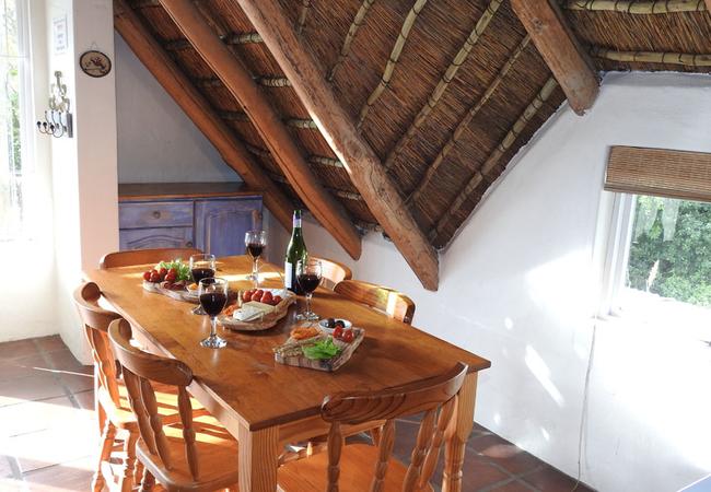 Dining Disa Cottage