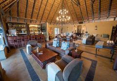 Kambaku Safari Lodge