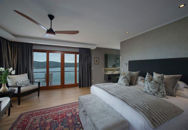 Executive Lagoon Facing Suite - Paradise
