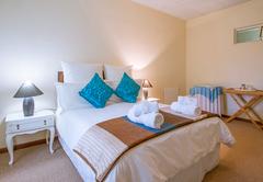 En-Suite - Downstairs (Room 9)