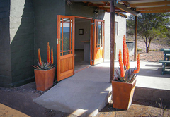 Entrance to Aloe Cottage and deck