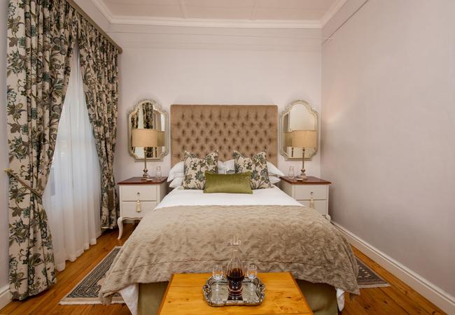 Mari Room