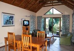 Karrad Guest Lodge