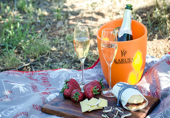 Picnic hampers available