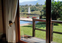 Khandizwe River Lodge
