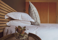 Cottage bed
