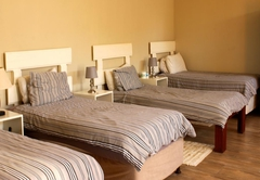 Family Room 7 Beds En suite