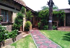 Khokha Moya Guesthouse