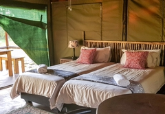 Luxury Tented En-Suite Chalets