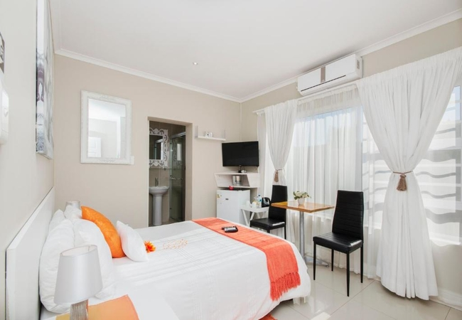 Double Room (Shower Only)