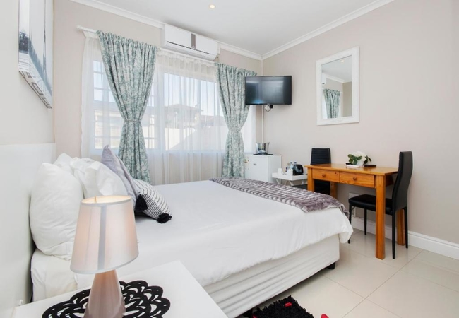 Double Room (Bath Only)