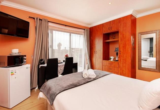 Double Room 6