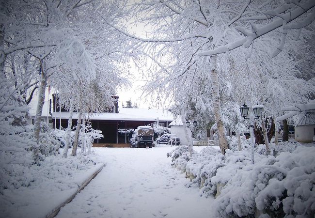 King\'s Lodge Hotel in the snow
