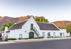 Klein Nektar Manor