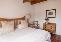 Twin Room (Thatched)