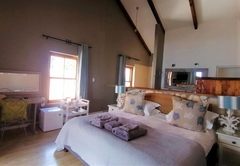 Superior King Suite with Sea View