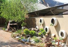 Komma Nader Guest House