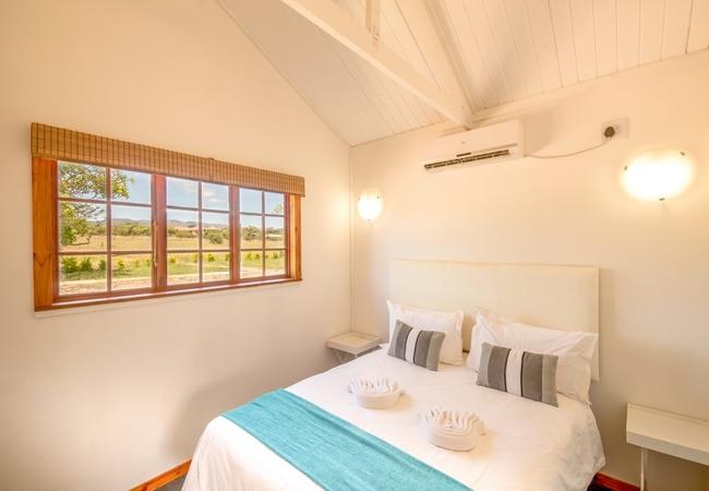 One Bedroom Cabin Garden View