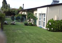 Kwa-Dlamathe Guesthouse