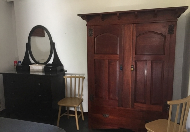 Pecan TreeCottage bedroom