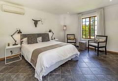 La Bonne Auberge Guesthouse