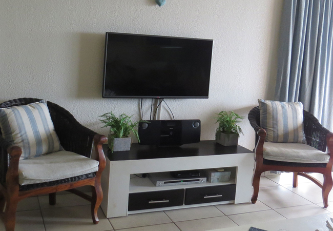 Full DSTV, Radio and DVD