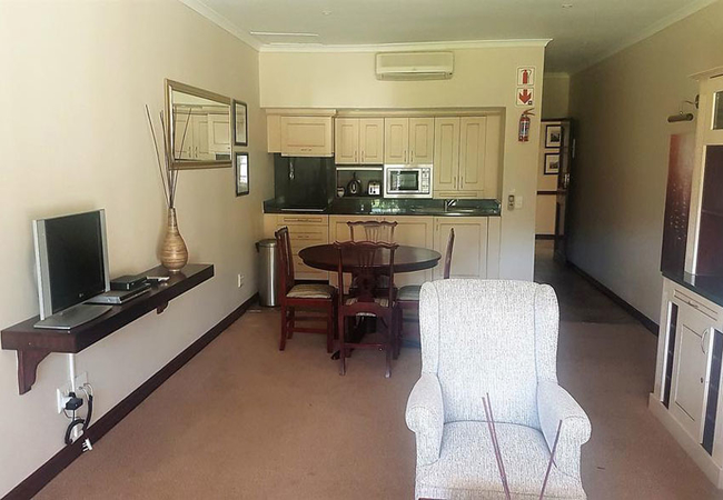 Suite (2 bedroom)