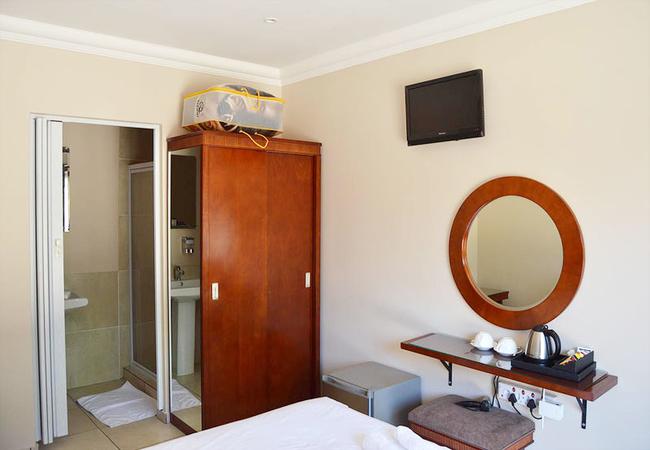 Luxury Two Room Unit
