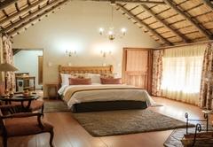 Lindiwe Luxury Suite