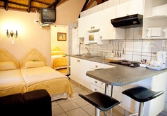 De Luxe Self Catering