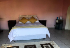 Lalas Guesthouse