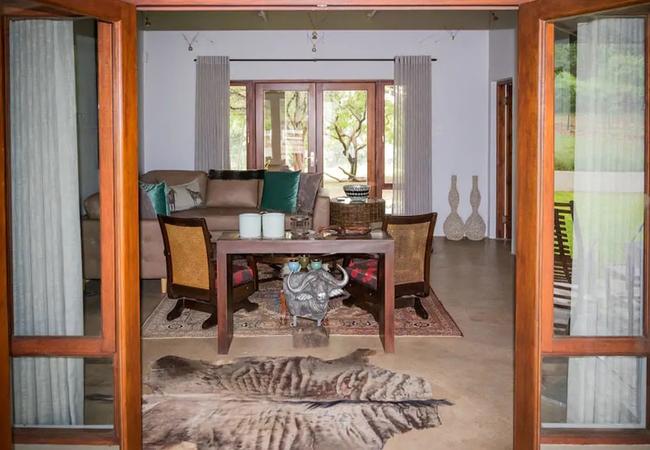 Berghuis indoor seating