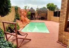 Lapeng Village Guesthouse