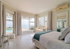 La Petite Baleine Seaside Villa