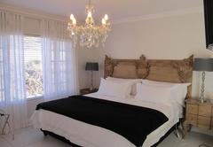 La Riviera Guesthouse