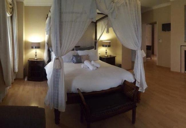 Deluxe luxury suite